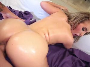 Young And Curvy Cock Whore Gets A Big Facial