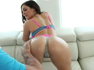 Oiled Big Booty Teen Babe Fucking His Cock On Top
