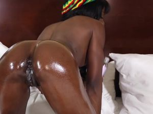 Ebony Teen Fucked By A Big White Dong In A Hotel Room