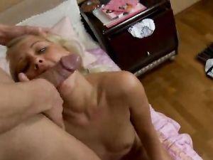Blonde Girlfriend Enjoy Pleasing Long Huge Shaft