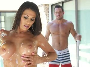 Hot Housewife Has An Affair With The Pool Boy