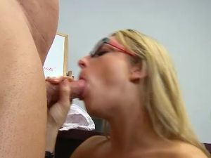 Teacher Seduction Is Easy For This Super Hot Blonde