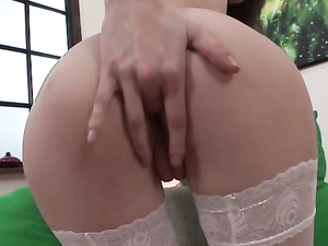 Anal Arouses The Teenage Girl In White Stockings